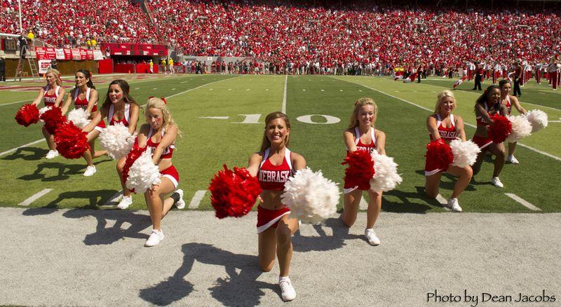 Husker cheerleaders 1