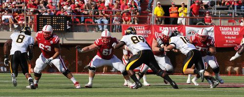 Huskers offensive line S