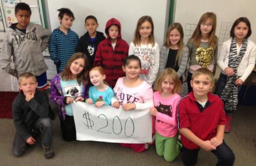 Highland $200 sign