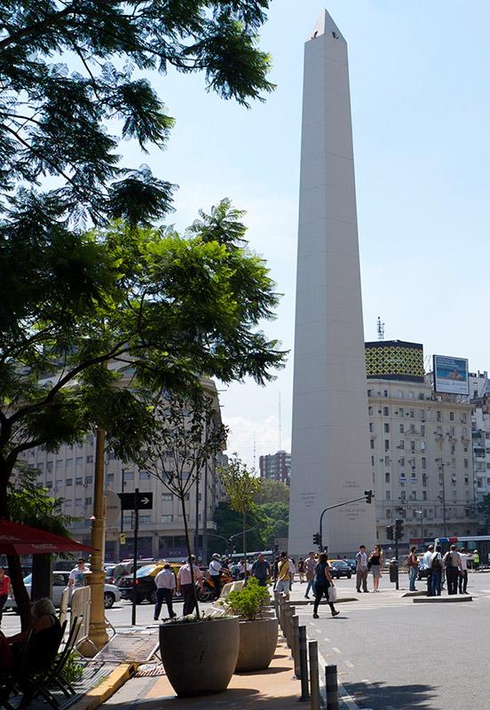 Obelisk800